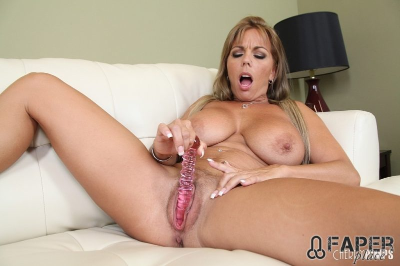Amber lynn bach solo tits pussy ass